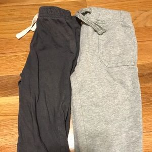 Old Navy pants size 18-24 months